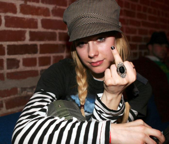 Avril Lavigne Has A Fat Ass