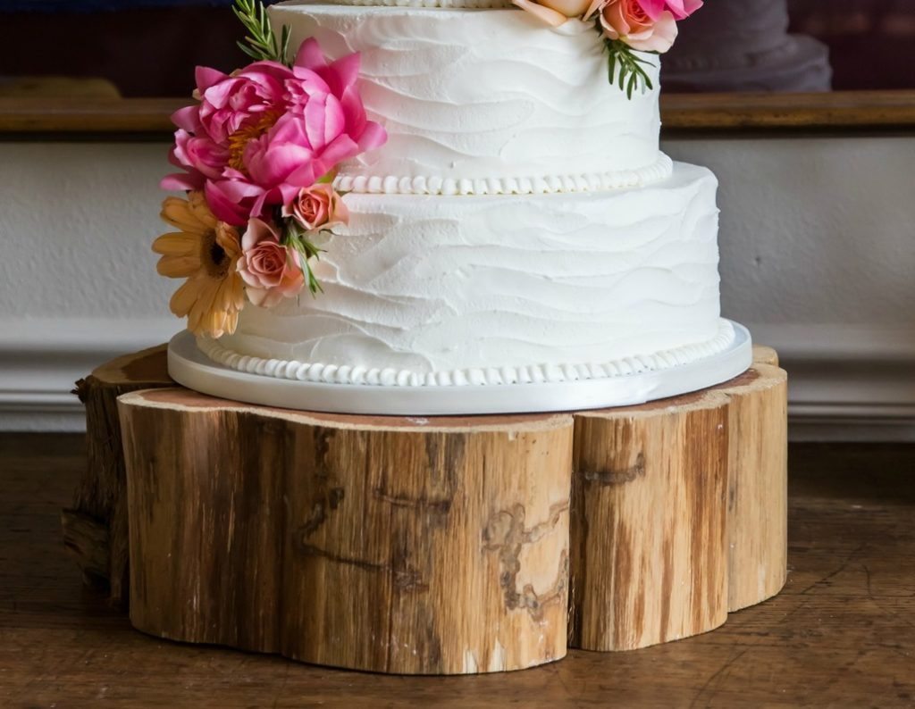 Wedding cakes for rent