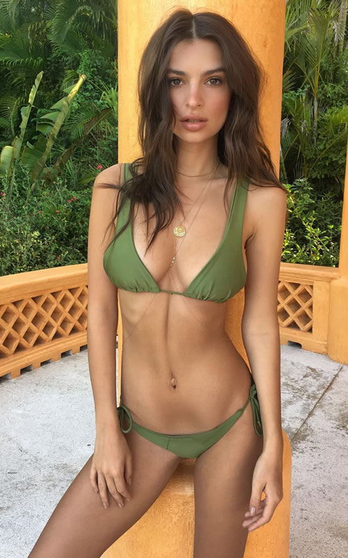 12 Hottest Women In The World