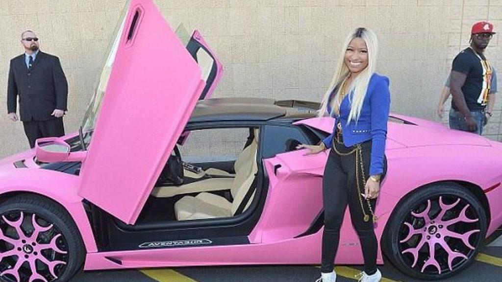 Nicki Minaj – Lamborghini Aventador
