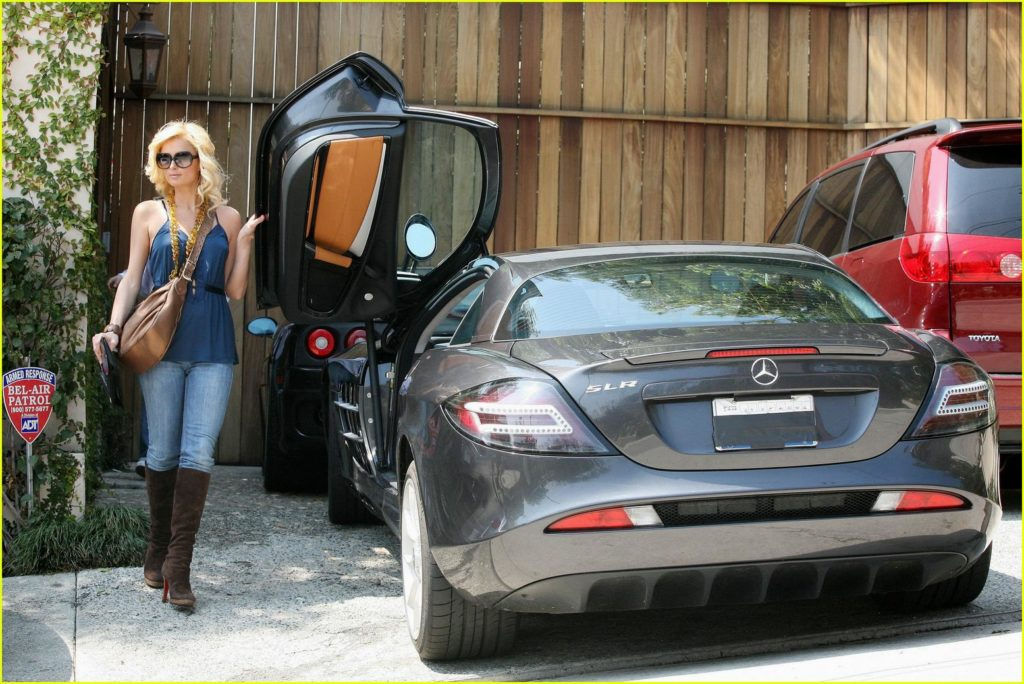 Paris Hilton - Mercedes SLR