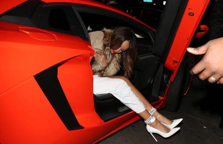 Rihanna – Lamborghini Aventador