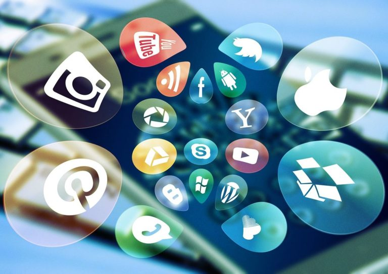 How to Market a Small Business on Social Media in 2021
