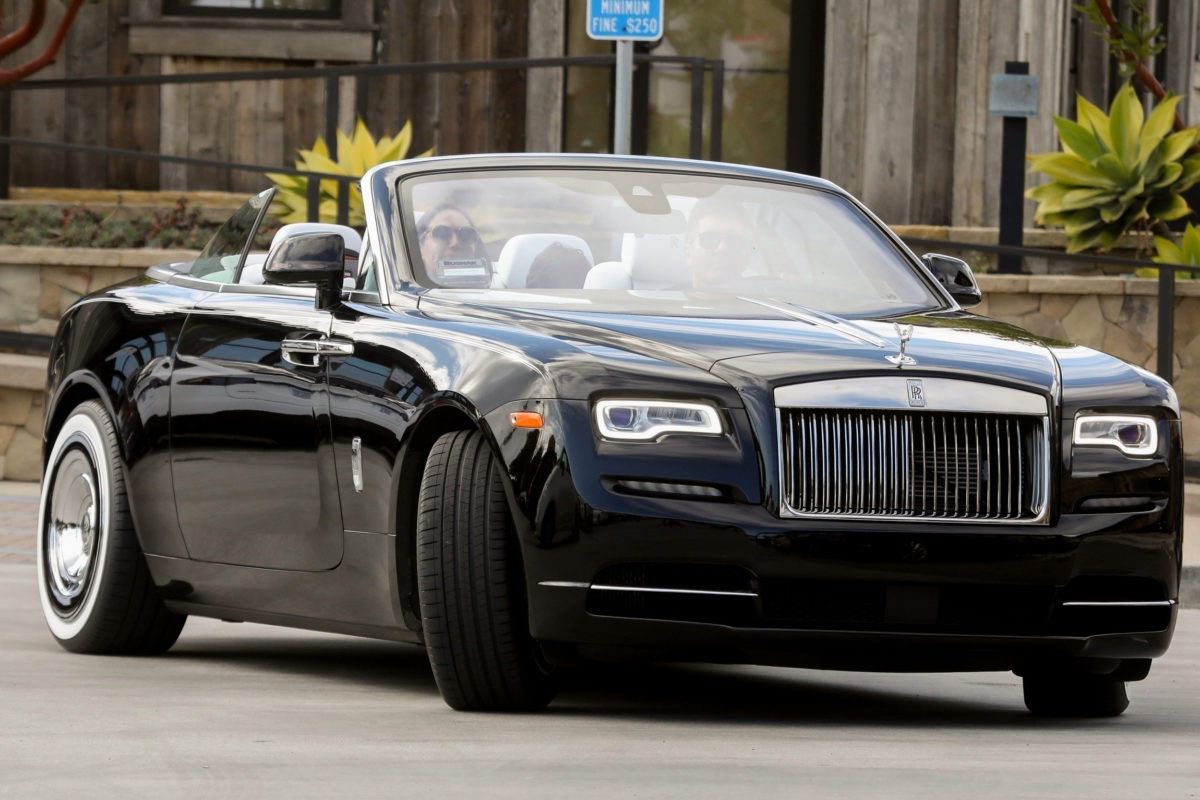 Simon Cowell Stocks Up On Groceries In His Shiny Rolls ...