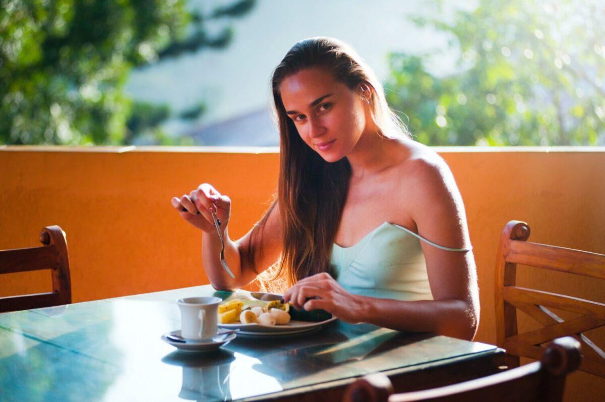 8 Main Foods that Reduce Bloating thumbnail