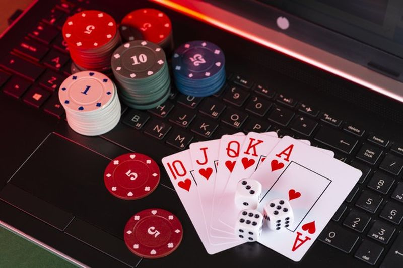 What Is The Safest Way To Play At An Online Casino? - Chart Attack
