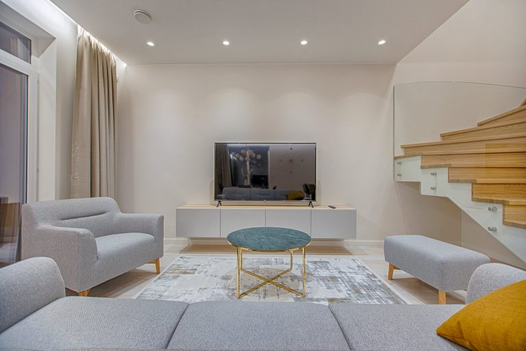 The Role of Sofas and Armchairs in the Interior Design